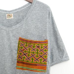 エスニック tシャツ カットソー モン族 刺繍 ポケット Vネックアジアンファッション エスニックファッション